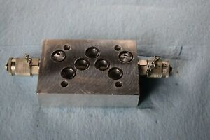 Hydraulic Valve Subplate tapping Plate With Test Points Daman Ad05h Used