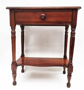 Walnut Federal Furniture Sheraton Farmhouse Antique Nightstand Lamp Table 1795