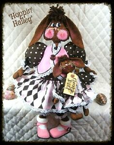 Primitive Hoppin Hailey Chocolate Bunny By Ginger Creek Crossing Pattern 253