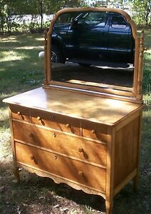 Spectacular Birdseye Maple Furniture Antique Dresser Made In Wisconsin 1917