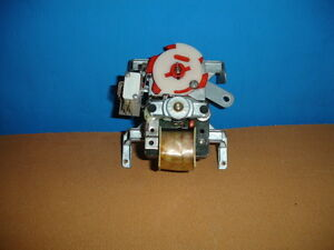 2 X Dixie Narco Single Price Vend Motors For Double Column