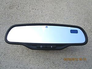 06 08 Pontiac Torrent 3 4l V6 Sfi Rearview Rear View Mirror Compass Temperatur