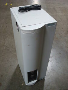 Used Whatman Model 76 94 v452 High Purity Nitrogen Generator