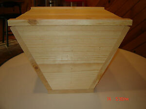Top Bar Bee Hive With 12 Top Bars Backyard Bee Keeping Hive