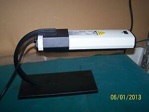 Uvp El Series Uv Ultraviolet Lamp Uvm 28 302nm On Stand