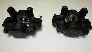 Pair Of Brand New Brake Calipers For Mgb 1963 1980 With Stainless Steel Pistons