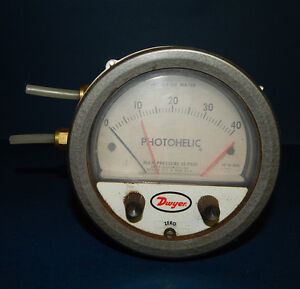 Dwyer 3040 Photohelic Pressure Switch Gage Gauge Range 0 40 Of Water