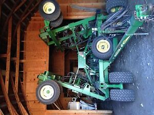 John Deere 1890 Notill Drill 30 With 36 Single Disk Openers 10 Spacing