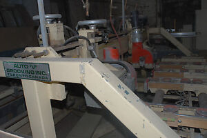Auto V grooving Machine Wood Cabinet V groover 5 Heads