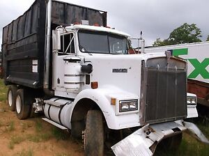 1980 Kenworth Dump Truck With Debris Bed Cummins 300 Hp 3 Axle Pusher