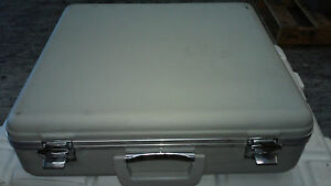 Karl Storz Endoskope Endoscope Hard Case W keys Endoscopy