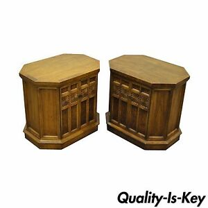 Pair Vintage Hollywood Regency Burl Walnut Banded Nightstands Side End Tables