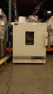 Baxter Scientific Products Constant Temperature Oven Dk 63 W Honeywell Dr4200