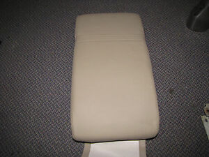 Saab 9 5 New Oe Sedan Rear Seat Arm Rest With Cup Holder Tan