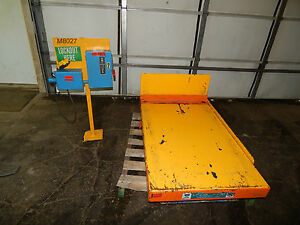 Bishamon 2000lbs Scissor Tilt Lift Table 3phase 1hp 31 x47 Table