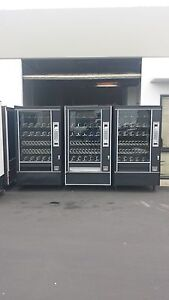 3 automatic Products Snack Vending Machines Ap 7600 Glass Front Vending Machine