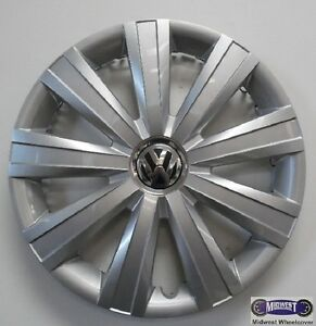 11 14 Vw Jetta S 15 Used Reconditioned Hubcap 9 Spoke Logo 61562