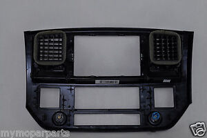 07 09 Dodge Ram 3500 Instrument Panel Dash Nav Center Bezel 5ks701dhab Oem Mopar