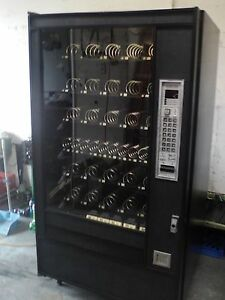 Automatic Products Snack Vending Machine Ap 7600 Glass Front Vending Machine