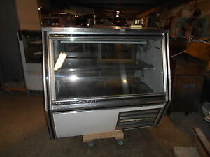 Used Leader Bakery deli Display Case
