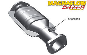 Magnaflow Direct Fit Catalytic Converter Exhaust For 1996 1999 Nissan Maxima 3l
