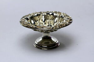 Antique Meriden Sterling Silver Compote Lily Pattern High Relief Repousse