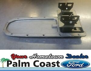 2004 2011 Ford Ranger Black Center Console Arm Rest Hinge 3l5z 10047a20 aab