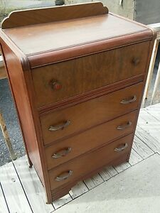 024 Vintage 4 Drawer Dresser Waterfall Style 1940s