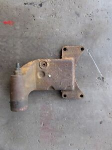International 574 Tractor C200 Gas Engine Water Neck temp Sender Housing