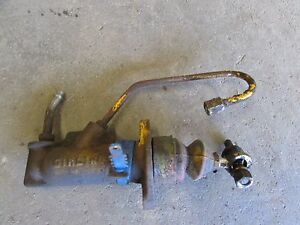 International 574 Tractor Right Brake Master Cylinder