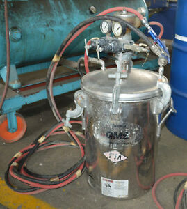 1416 497 Devilbiss 5 Gallon Pressurized Paint Pot 27861