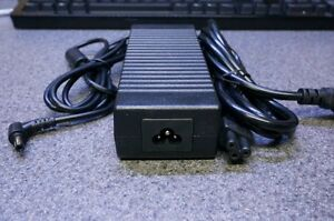 12v 10a 120w Small Form Factor Switching Power Supply