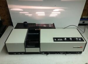 Perkin Elmer Hitachi Spectrophotometer Model 200 For Parts
