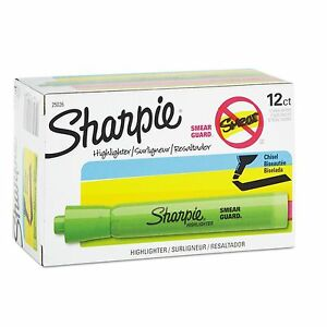 Sharpie Accent Tank Style Highlighter Chisel Tip 12 Count Green San25026