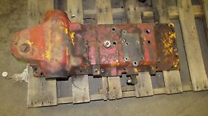 International 574 Tractor Rock Shaft Housing