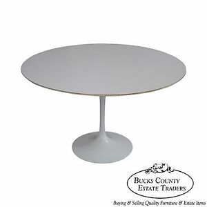 Knoll 48 Round Tulip Pedestal Dining Table By Saarinen