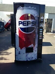 Dixie Narco 360 6 Bubble Front Soda Vending Machine Pepsi coke W bill Acceptor