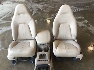 2000 Ford Expidition Eddie Bauer Front Seats