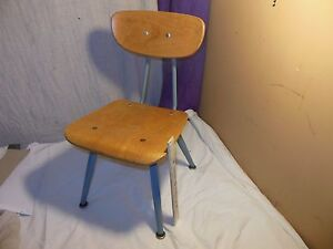 Vintage Mid Century Modern American Seating Child School Chair Classmate Eames Y