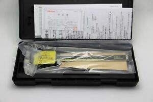 New Mitutoyo Absolute 6 Digital Caliper Brand 500 196 30 Box