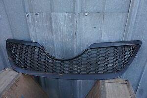 2007 2009 Toyota Camry Se Front Bumper Grille 2008 Ty0735101 Aftermarket
