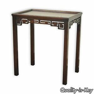 28 H Kittinger Buffalo Chinese Chippendale Vtg Mahogany Side Lamp Table A574