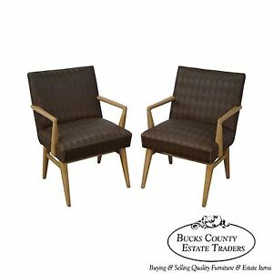 Mid Century Modern Pair Of Russel Wright Design Lounge Arm Chairs B