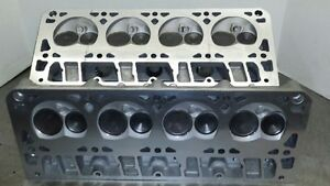 Pair 4 8 5 3 Ohv Gmc Cylinder Heads