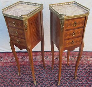 Rare Sized Diminutive Inlaid Pair Of French Louis Xvi Carrera Marble Topped Nigh