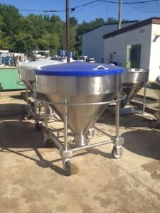 200 Gallon 26 Cu ft 316 Stainless Steel Cone Bottom Portable Tote Tank