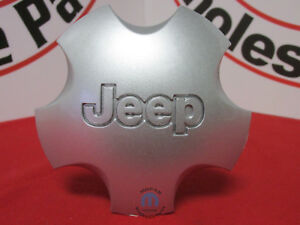Jeep Grand Cherokee Silver Wheel Center Cap With Jeep Logo New Oem Mopar