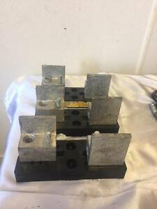 Lot Of 3 lot Of 3 bussmann T60200 1c Fuse Block 200a 600vac