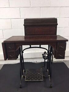 Antique Wheeler Wilson D9 Working Sewing Machine Original Leather