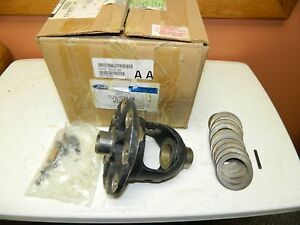 New Oem 2001 2011 Ford Explorer Ranger Rear End Differential Housing Assembly